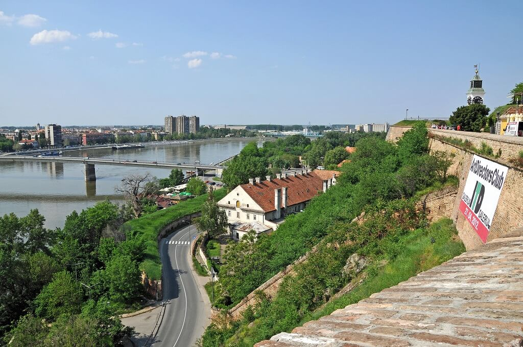 Жилье в Сербии