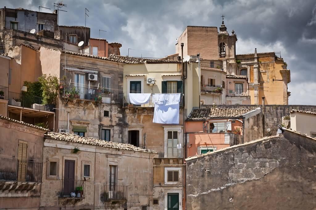 как правильно искать работу в италии