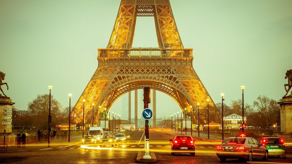 Пособия во Франции