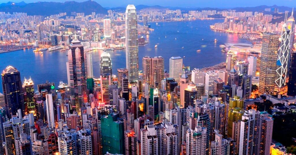 Эмиграция в Гонконг