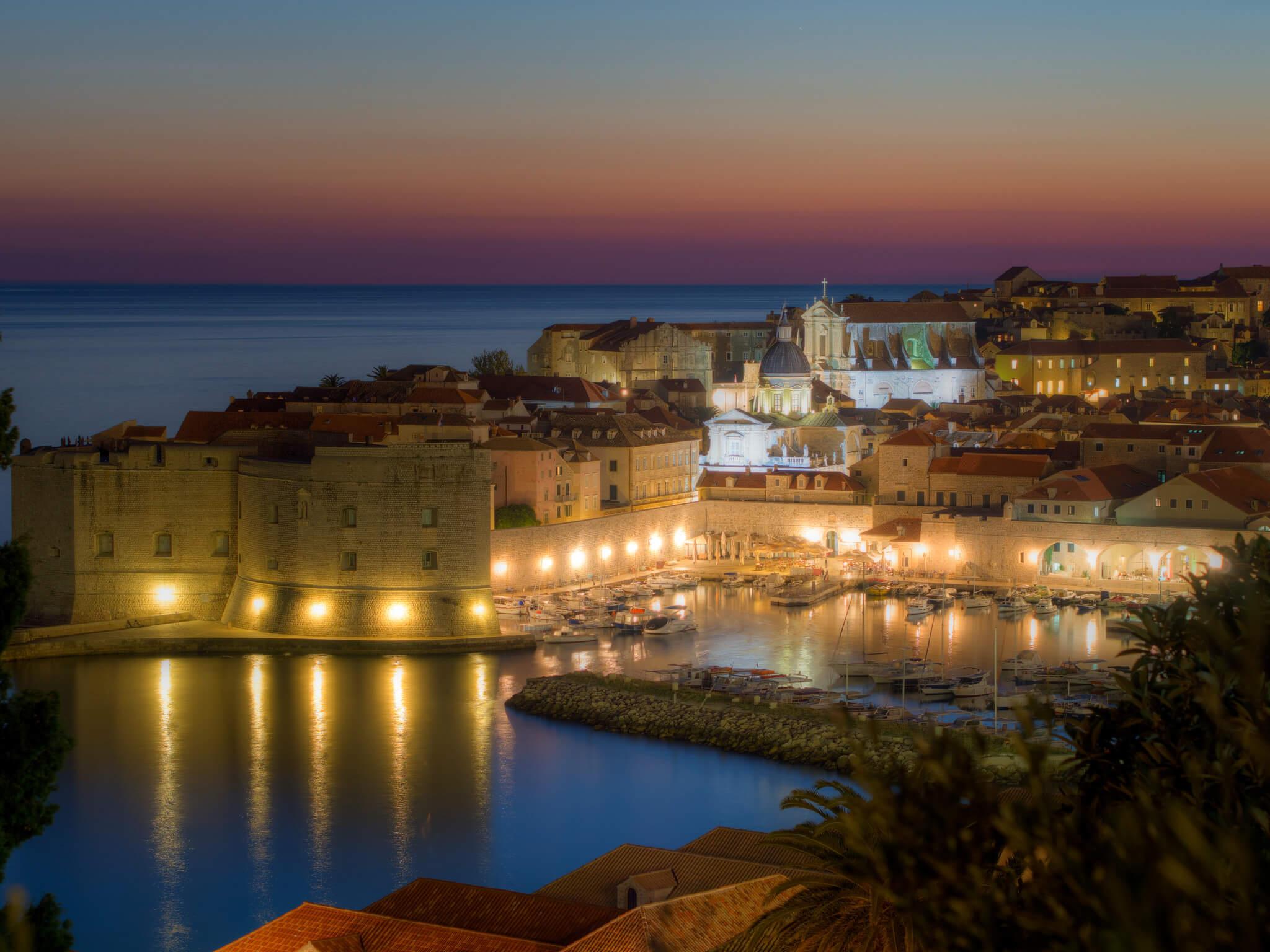 Театр под открытым небом в Дубровнике