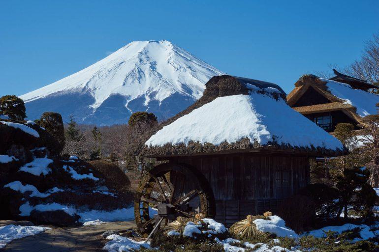 Волонтером на горнолыжный курорт в Японии