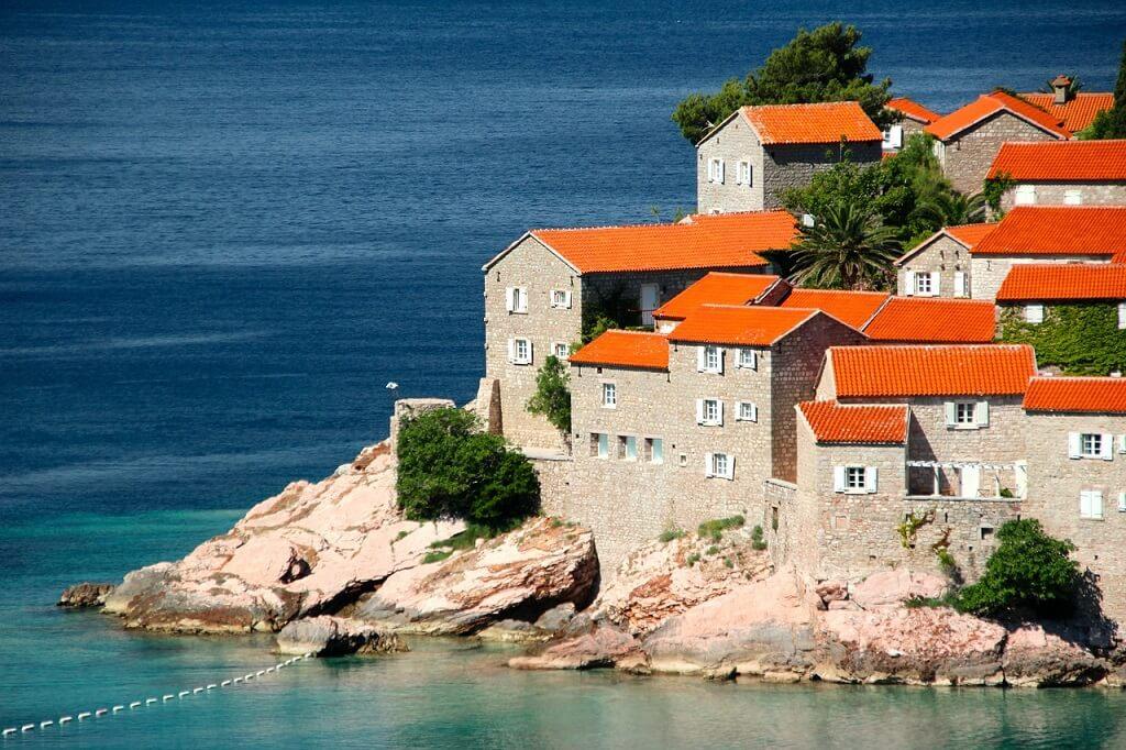 Доска объявлений недвижимость черногория подать объявление в владивостоке бесплатно