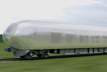 В Японии создадут невидимый поезд