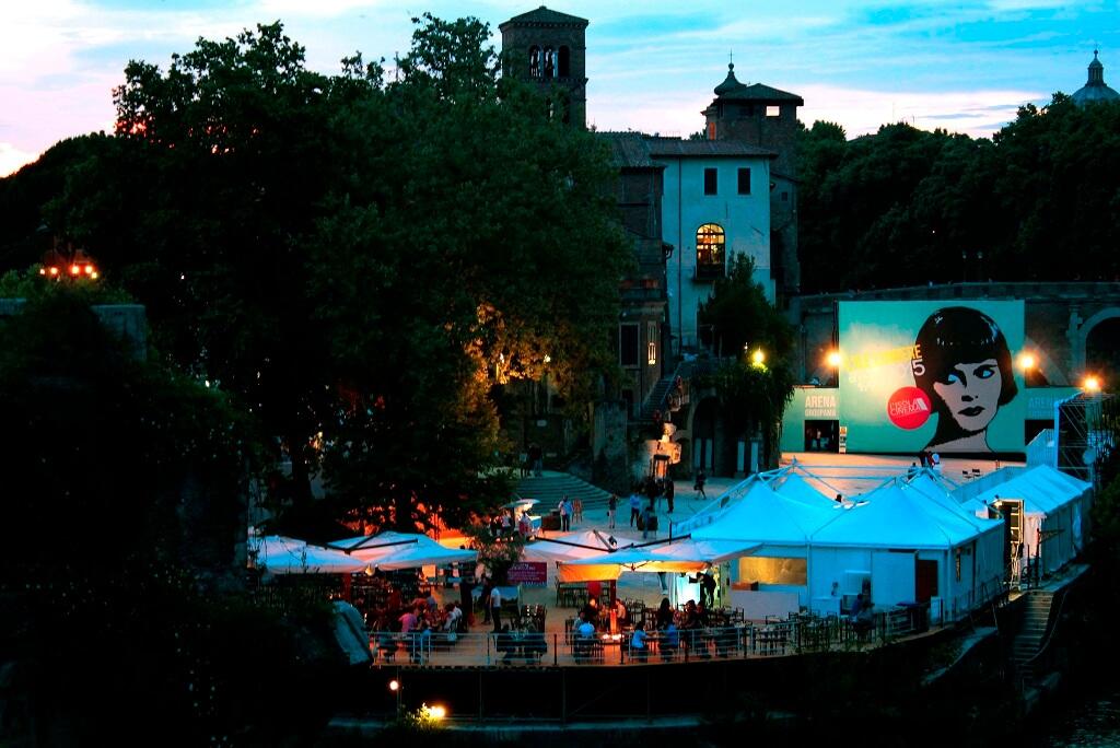 Кино в Италии
