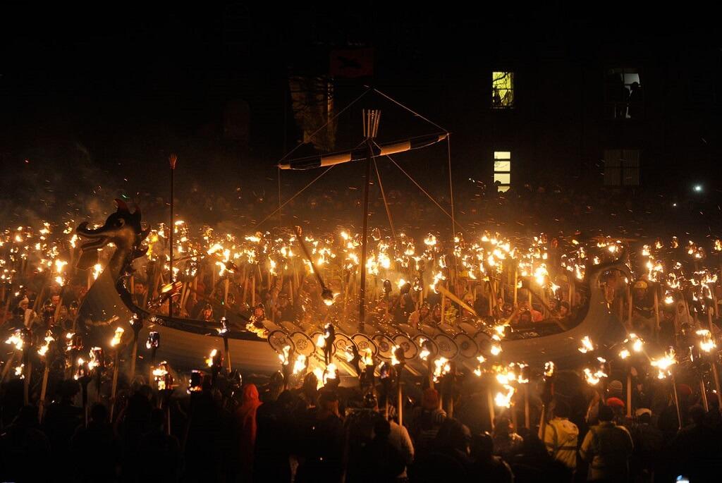 Праздник Апхелио в Шотландии