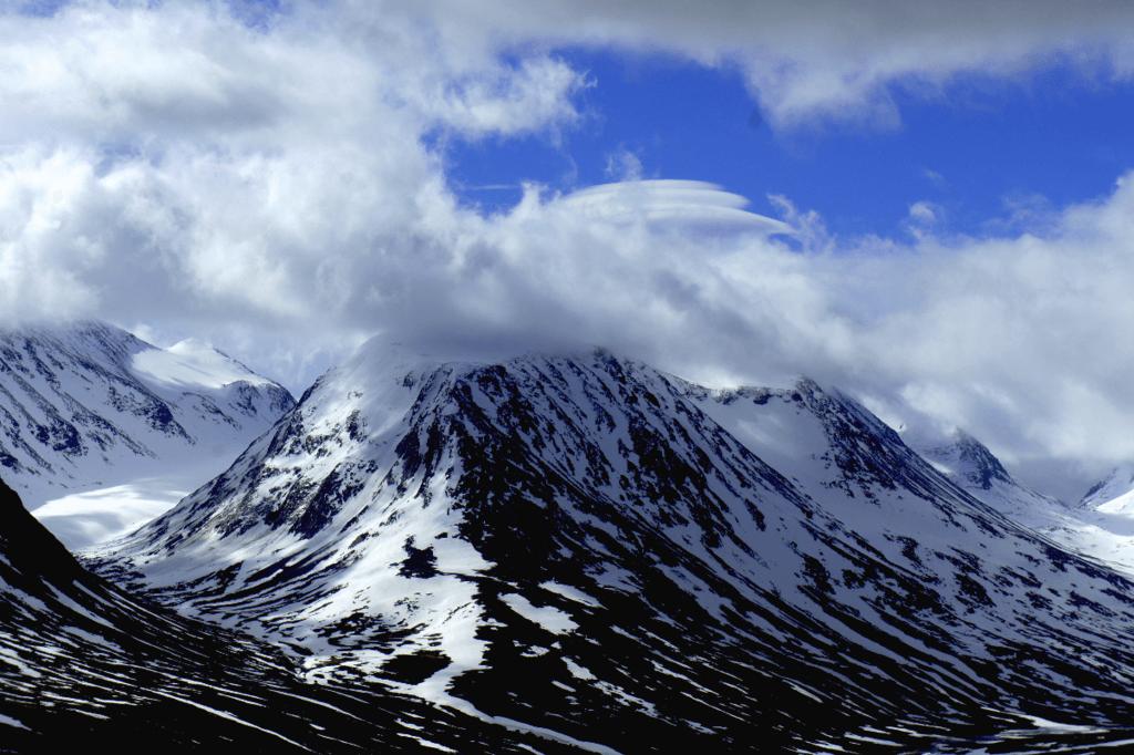 Гора Гальхепигген, Норвегия