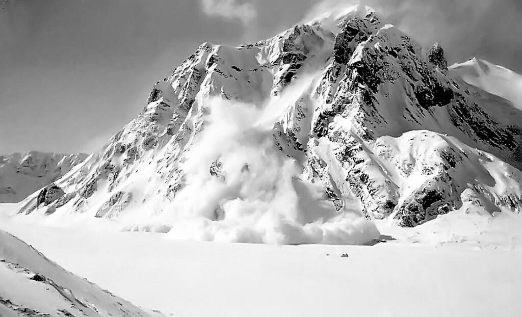 Лавины в Алтайских горах