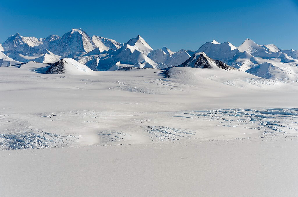 Массив Винсона, Антарктида