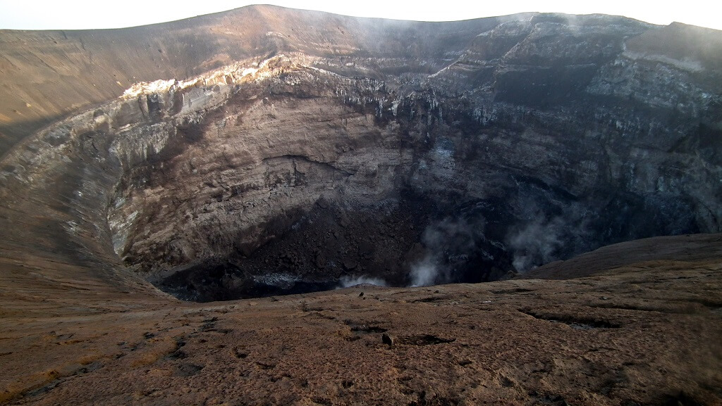 Вулкан Оль Доиньо Ленгай