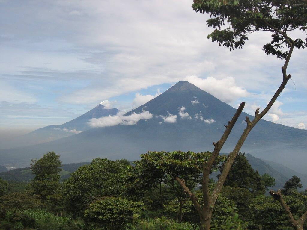 Вулкан Пакая