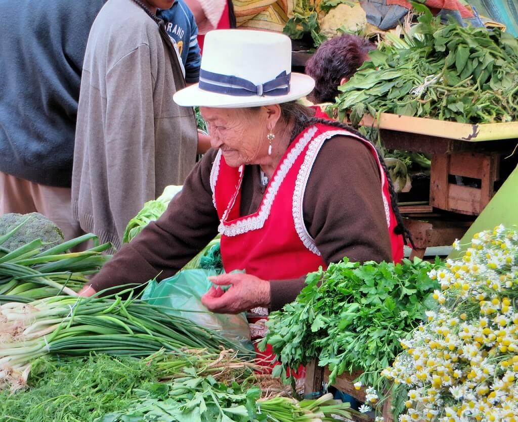 Рынок в городе Куэнка, Эквадор