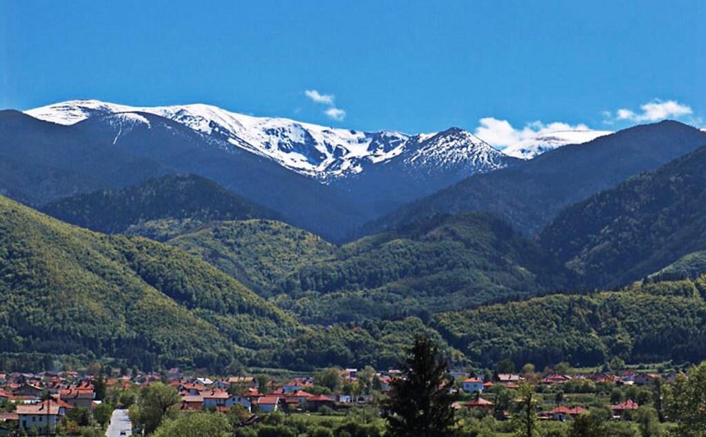 Село Горна-Липница, Болгария