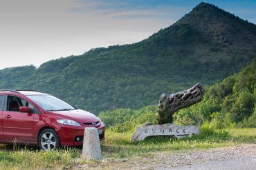 Преимущества аренды автомобиля в Черногории