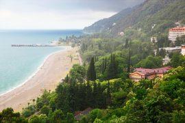 Почему стоит отправиться на отдых в Абхазию
